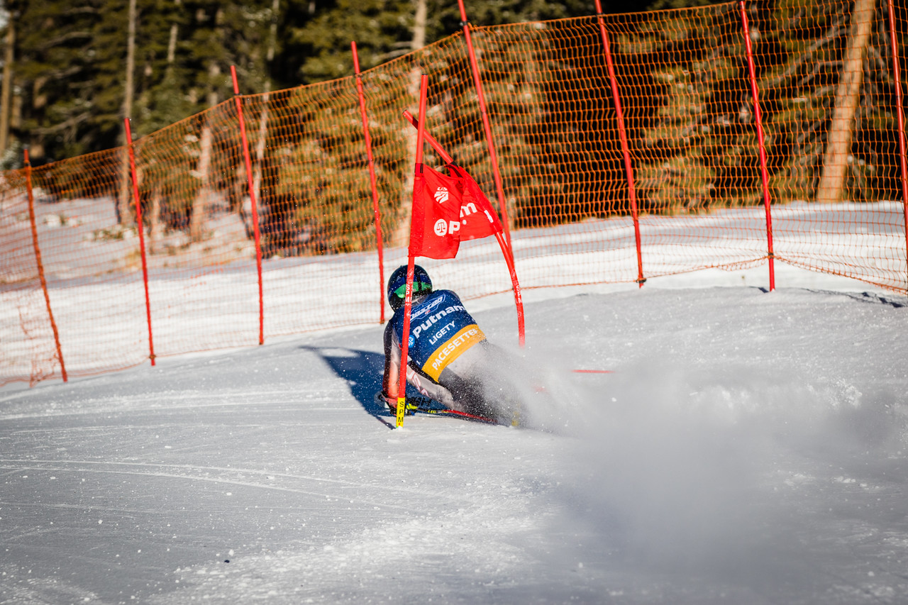 Ted Ligety rips the NASTAR Pacesetting course at Copper Mountain. (Justin Samuels)