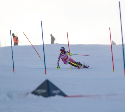 Mikaela racing at Killington (Reese Brown)